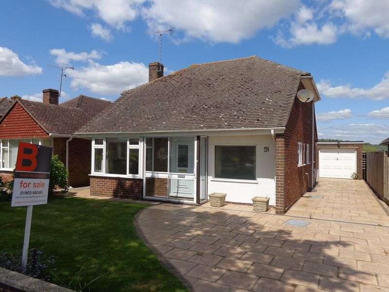 2 Bedrooms Detached Bungalow for sale in Singleton Crescent, Goring