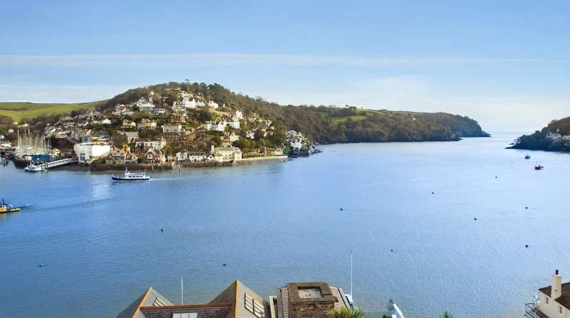 3 Bedrooms Apartment Flat for sale in Flat 2, Manor House, 14 South Town, Dartmouth