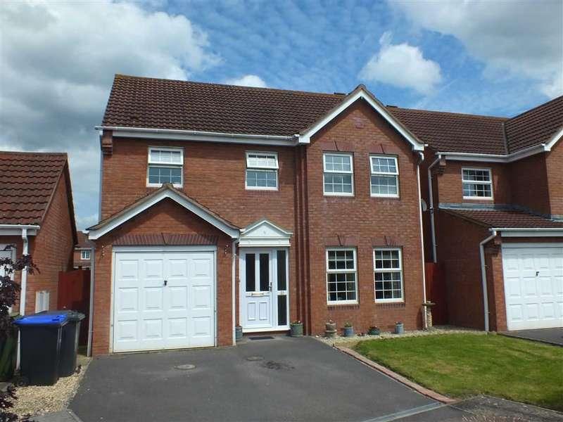 4 Bedrooms Property for sale in Cornbrash Rise, Hilperton, Trowbridge, Wiltshire, BA14