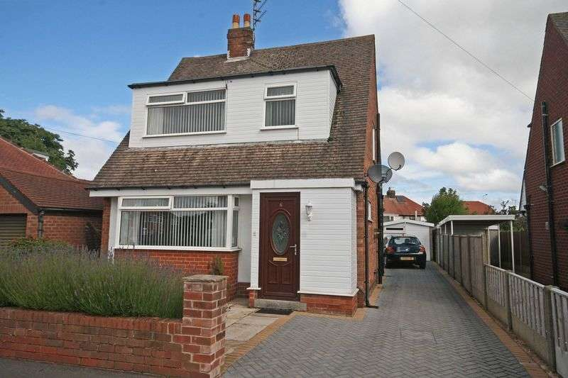 3 Bedrooms Detached House for sale in Newton Avenue, Poulton-Le-Fylde