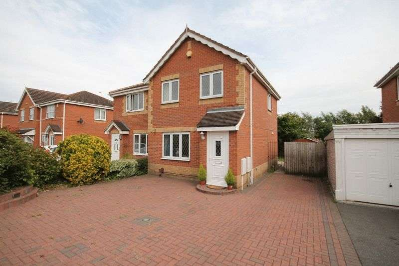 3 Bedrooms Semi Detached House for sale in DEWCHURCH DRIVE, SUNNYHILL
