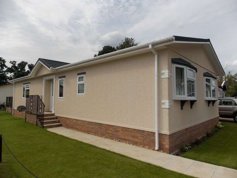 2 Bedrooms Detached Bungalow for sale in Drovers Rise, Stanton