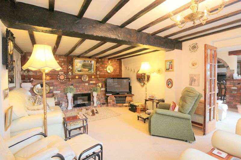 3 Bedrooms Terraced House for sale in Chester Road, Nantwich