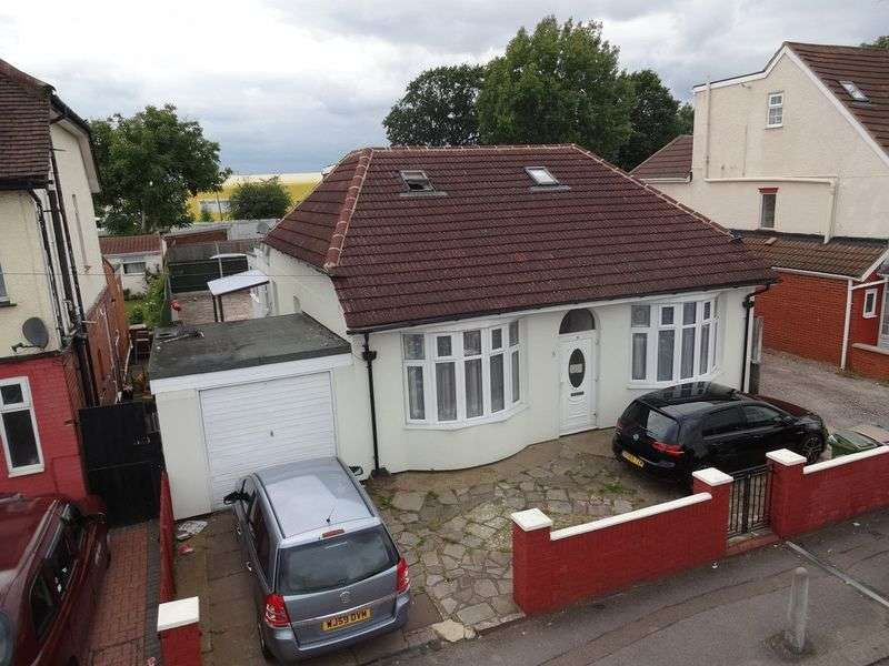 7 Bedrooms Detached House for sale in Arundel Road, Luton