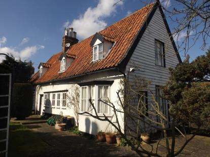 3 Bedrooms Detached House for sale in Wickham Market, Woodbridge, Suffolk