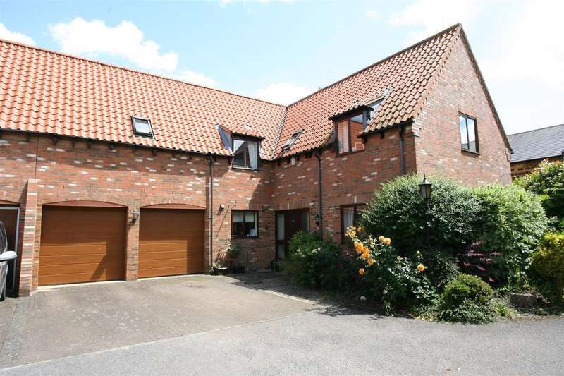 4 Bedrooms House for sale in High Street, Burton Latimer