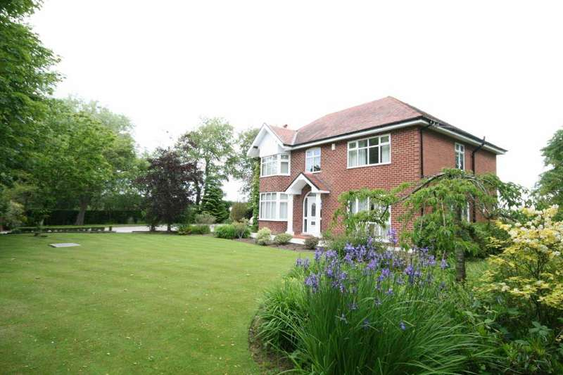 4 Bedrooms Detached House for sale in Fashoda, Grange Road, Hambleton, Poulton Le Fylde