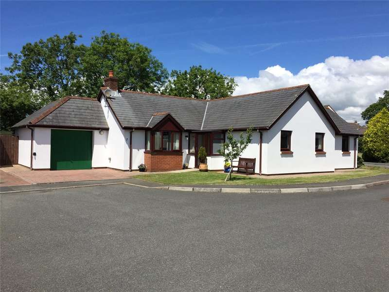 3 Bedrooms Detached Bungalow for sale in Greenwell Close, Crundale, Haverfordwest