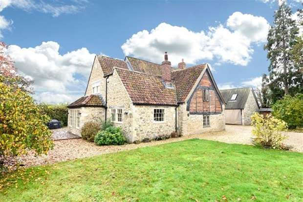 4 Bedrooms Detached House for sale in Rudge Road, Standerwick, Frome