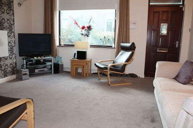 2 Bedrooms Terraced House for sale in Smithy Bridge Road, Littleborough