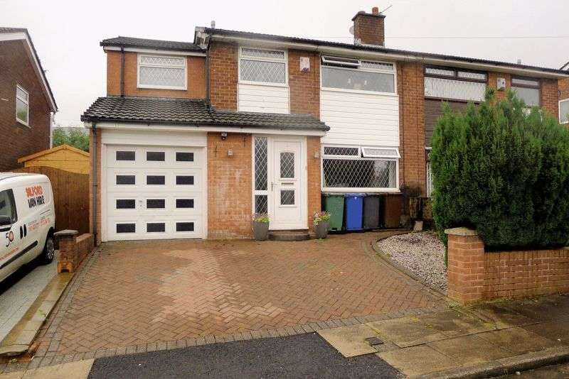 5 Bedrooms Semi Detached House for sale in Blenheim Close, Bury