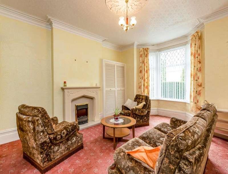 4 Bedrooms Property for sale in St. Albans Road, Darwen, BB3