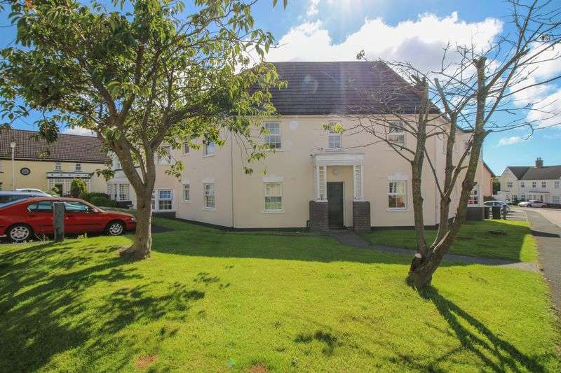 2 Bedrooms Flat for sale in 41 Berry Woods Avenue, Douglas, IM2 7DB