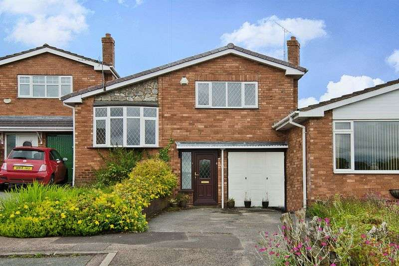 3 Bedrooms Detached House for sale in Morlings Drive, Burntwood