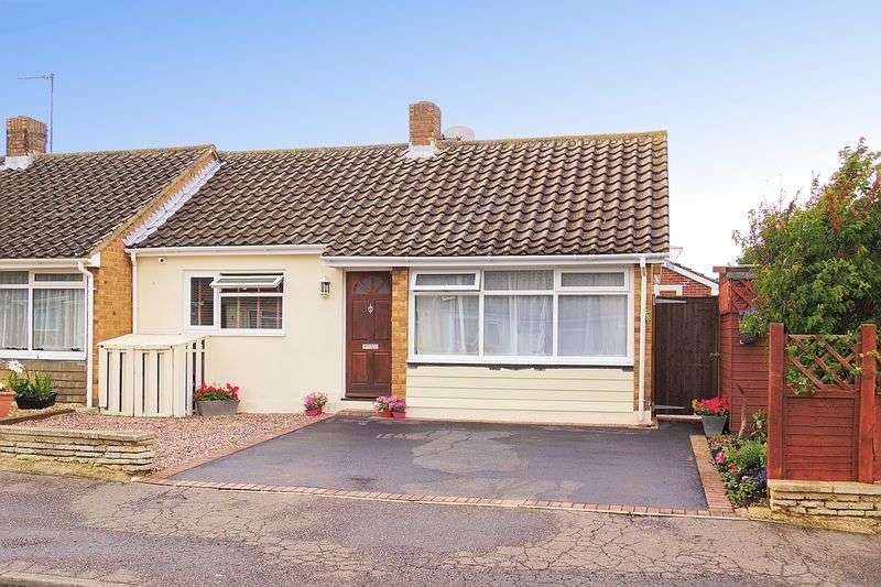 3 Bedrooms Semi Detached Bungalow for sale in Manet Square, Bognor Regis, PO22