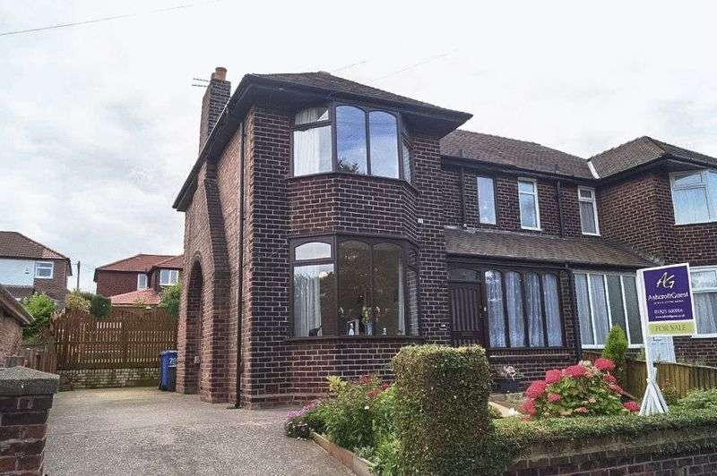 3 Bedrooms Semi Detached House for sale in Chester Road, Warrington, WA4 6AR