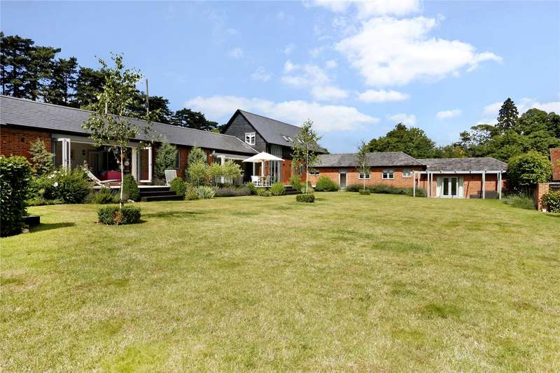 5 Bedrooms Detached House for sale in Seymour Court Lane, Marlow, Buckinghamshire, SL7