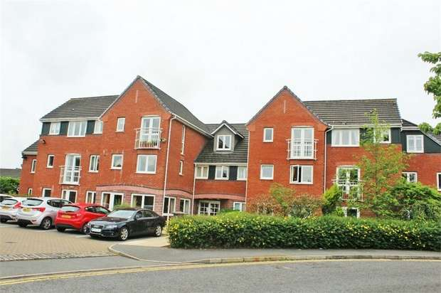 2 Bedrooms Flat for sale in Parkway, Holmes Chapel, Crewe, Cheshire