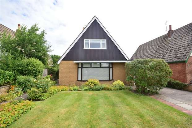 3 Bedrooms Detached Bungalow for sale in 46 Edwinstowe Road, LYTHAM ST ANNES, Lancashire