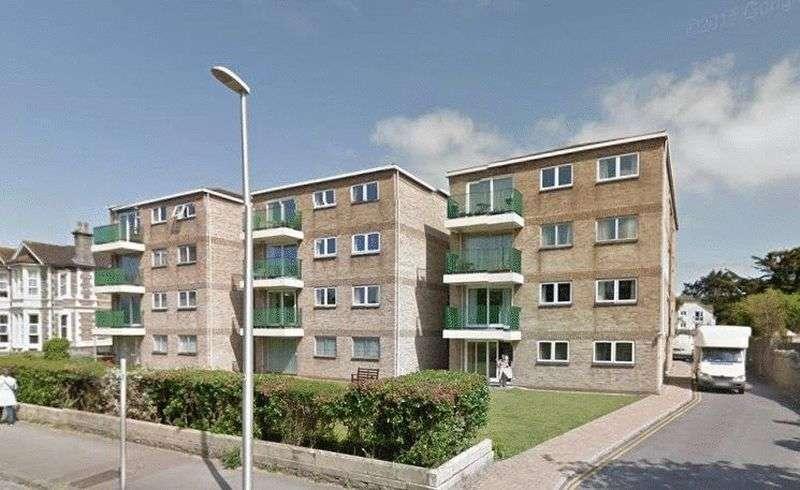 2 Bedrooms Flat for sale in Ellenborough Park North, Weston-super-Mare