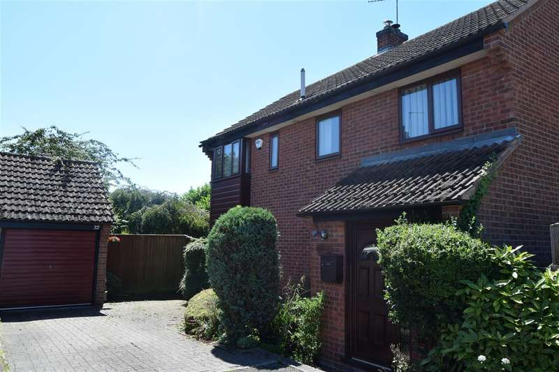 4 Bedrooms Detached House for sale in The Park, North Muskham, Newark