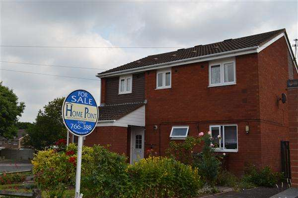 2 Bedrooms Maisonette Flat for sale in Park Hall Road, Wolverhampton