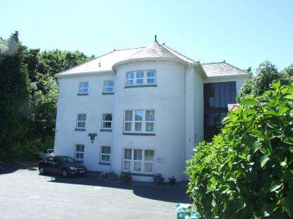 2 Bedrooms Flat for sale in Efford, Plymouth, Devon