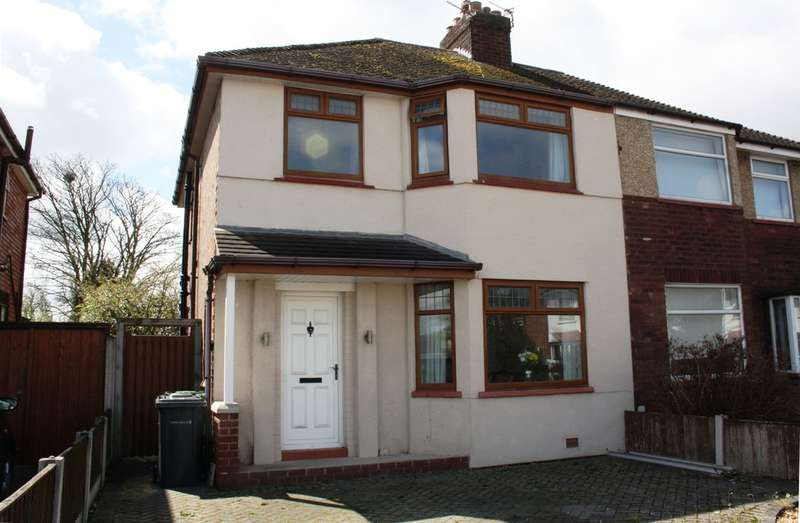 3 Bedrooms Semi Detached House for sale in Glenpark Drive, Southport
