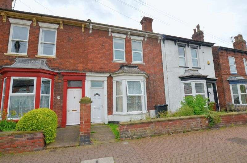 4 Bedrooms Terraced House for sale in Altham Terrace, Lincoln
