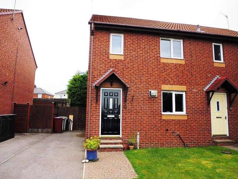 3 Bedrooms Semi Detached House for sale in West Lea View, Chesterfield