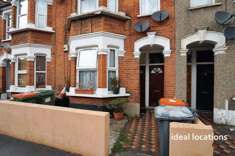 1 Bedroom Flat for sale in 1 Bedroom Ground Floor Flat, Caledon Road, London, E6