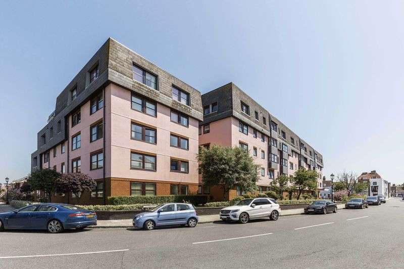 1 Bedroom Flat for sale in Lombard Street, Old Portsmouth