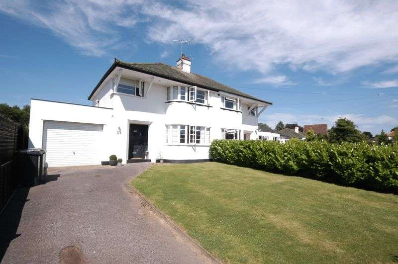 3 Bedrooms Semi Detached House for sale in The Grove, Bearsted Maidstone