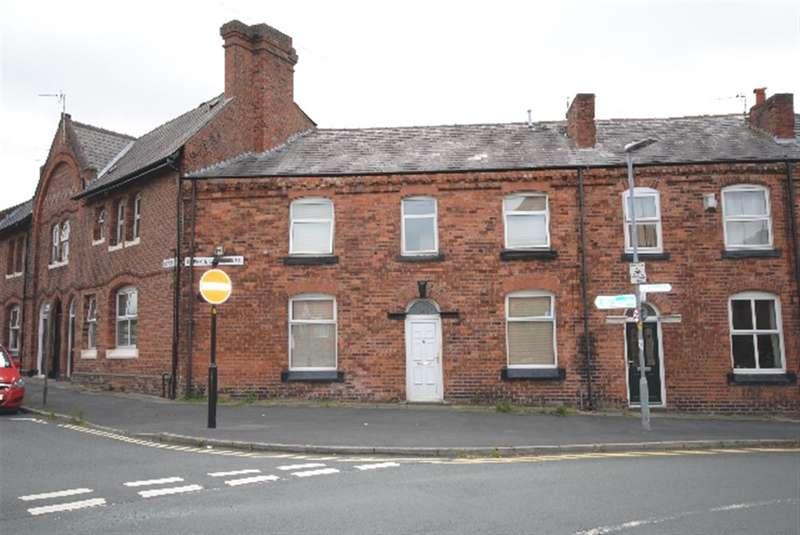 4 Bedrooms Terraced House for sale in Upper Dicconson Street, Swinley, Wigan, WN1