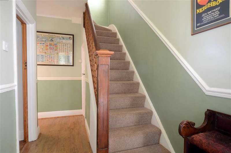 3 Bedrooms Semi Detached House for sale in Chelston Avenue, Hove, East Sussex