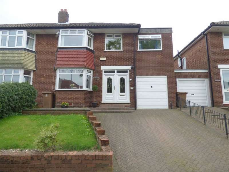 5 Bedrooms Property for sale in Worcester Road, Alkrington, Manchester, M24