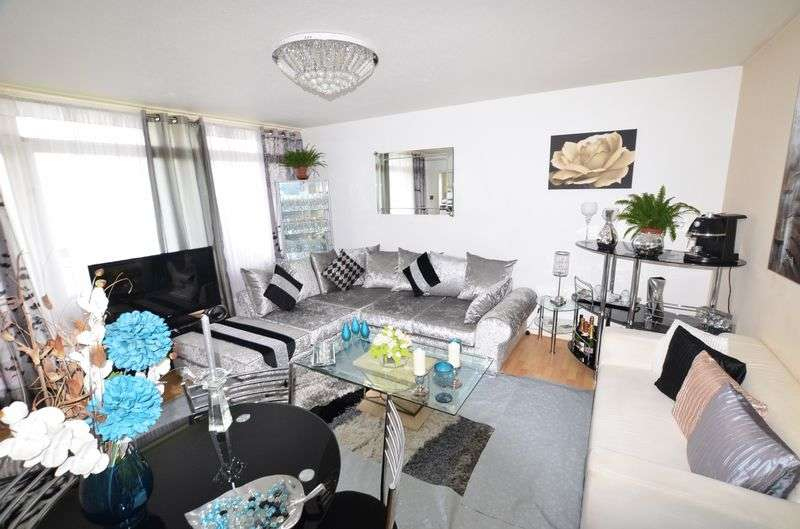 1 Bedroom Flat for sale in Daubeney Road, Clapton E5