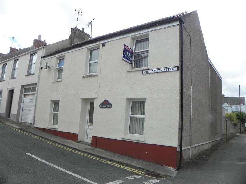 3 Bedrooms End Of Terrace House for sale in Williamson Street, Pembroke