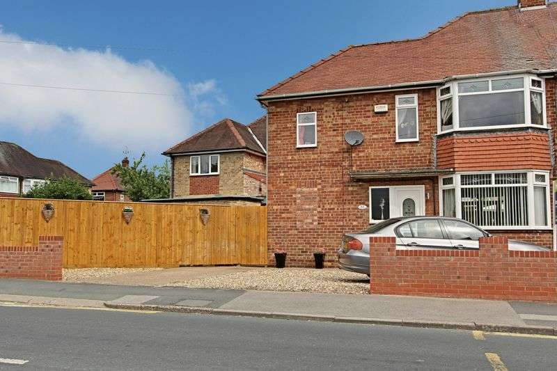3 Bedrooms Semi Detached House for sale in Northgate, Cottingham