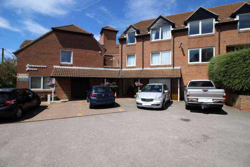 1 Bedroom Retirement Property for sale in Robinsbridge Road, Coggeshall