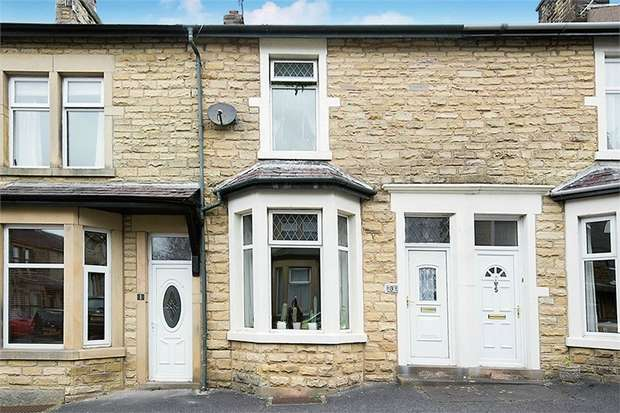 3 Bedrooms Terraced House for sale in King Street, Carnforth, Lancashire