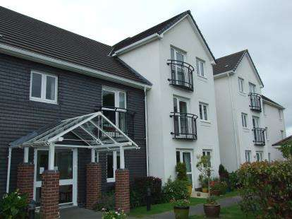 1 Bedroom Flat for sale in Fair Park Road, Wadebridge, Cornwall