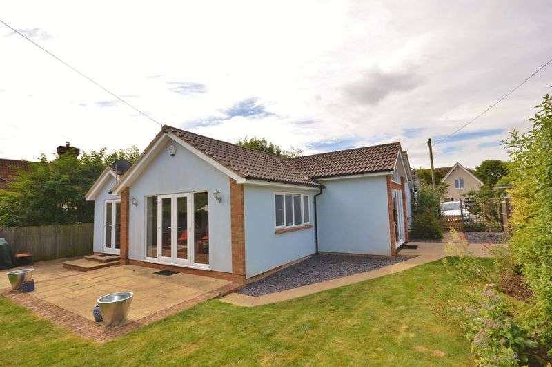 4 Bedrooms Detached Bungalow for sale in Chearsley
