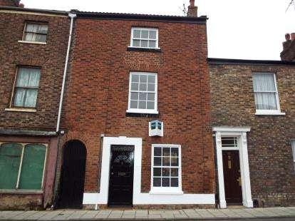 3 Bedrooms Terraced House for sale in King's Lynn, Norfolk