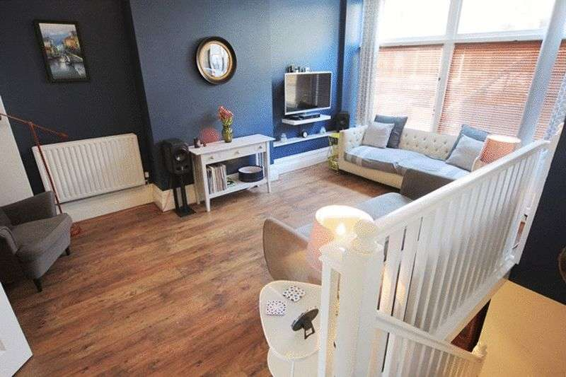 2 Bedrooms Flat for sale in Lark Lane, Aigburth, Liverpool, L17