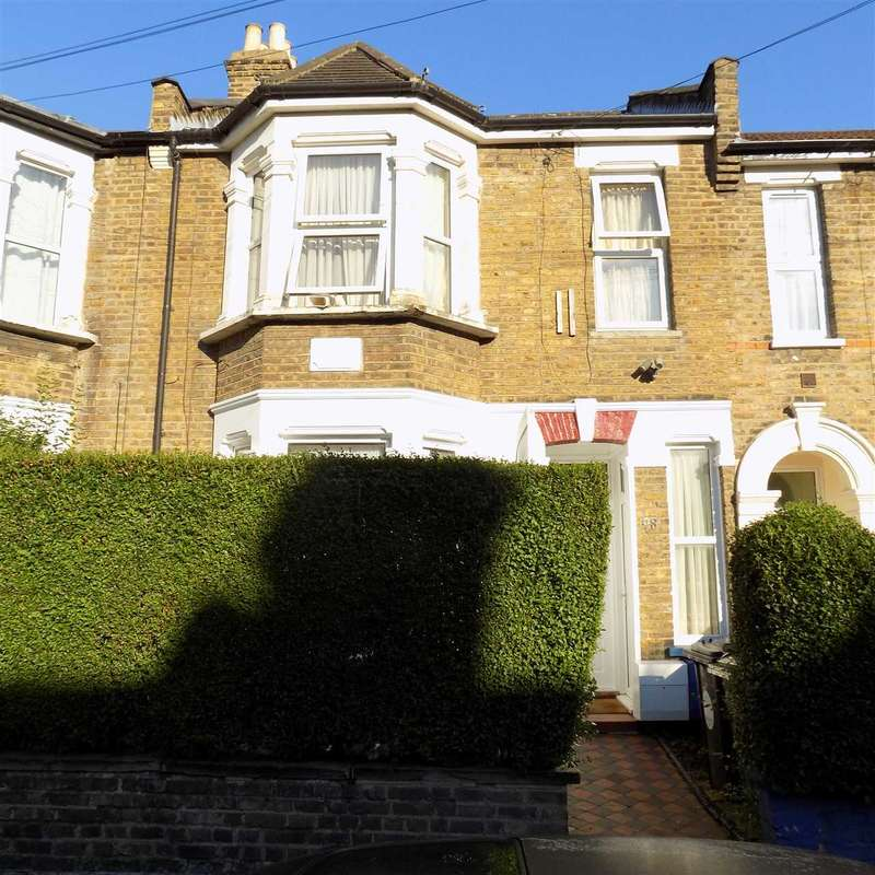 3 Bedrooms Apartment Flat for sale in Morley Road, leyton