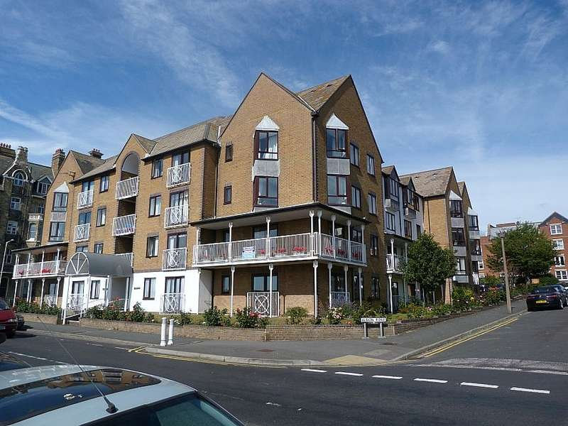 1 Bedroom Flat for sale in Victoria Parade Ramsgate