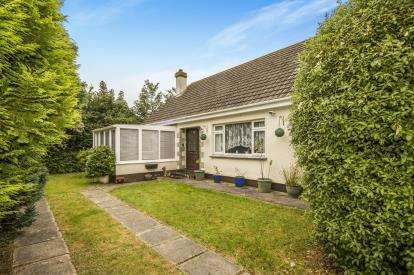 3 Bedrooms Bungalow for sale in St. Day, Redruth, Cornwall