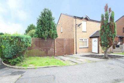 3 Bedrooms Semi Detached House for sale in Broughton Road, Summerston, Glasgow