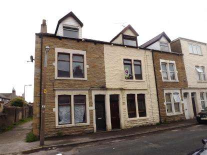 3 Bedrooms Terraced House for sale in Harrington Road, Heysham, Morecambe, Lancashire, LA3